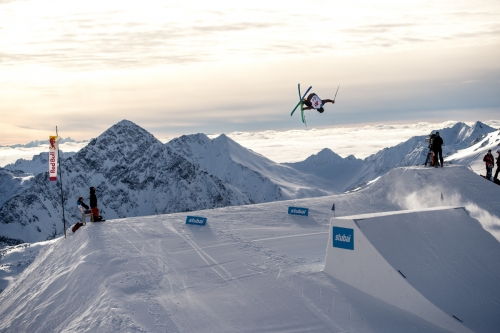 Top Riders Line-Up beim Slopestyle Weltcup Stubai